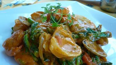 319 サラ 菜の花とあさりと海老のスパイス炒め