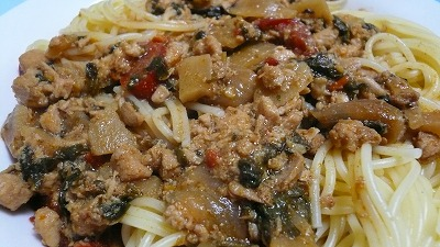 730 鶏肉のバジル炒め スパゲッティ