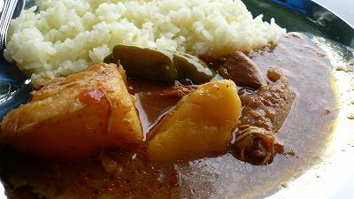 818 関東某所 鶏と野菜のカレー