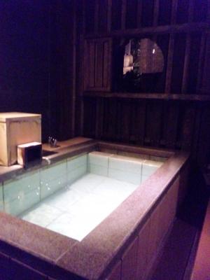 草菴部屋の露天風呂