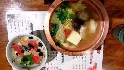 鍋と海鮮ご飯?