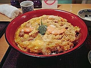 フードコーディネーター40人が選ぶ「親子丼」