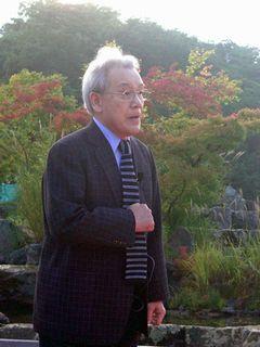 安東伸元氏