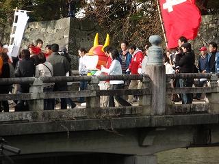 京橋上のひこにゃん