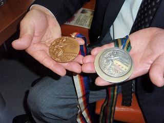 2個のメダル