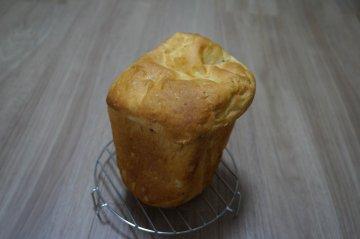 新じゃがチーズパン