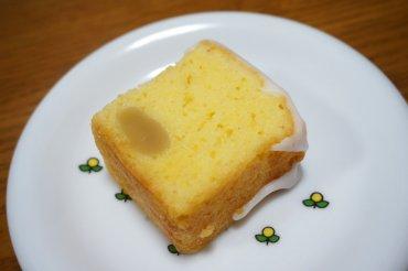 檸檬と白餡のケーキ