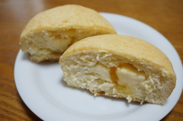 チーズケーキパンオレンジゼリー入り