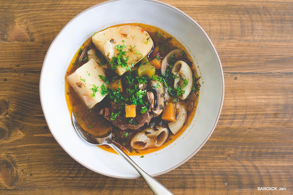 スロークッカー 牛すね肉 煮込み スープ Slow Cooker Crock Pot Beef Shank Soup