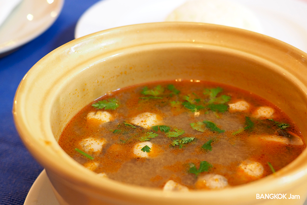 101 Restaurant バンコク レストラン イギリス風料理 ガーデン