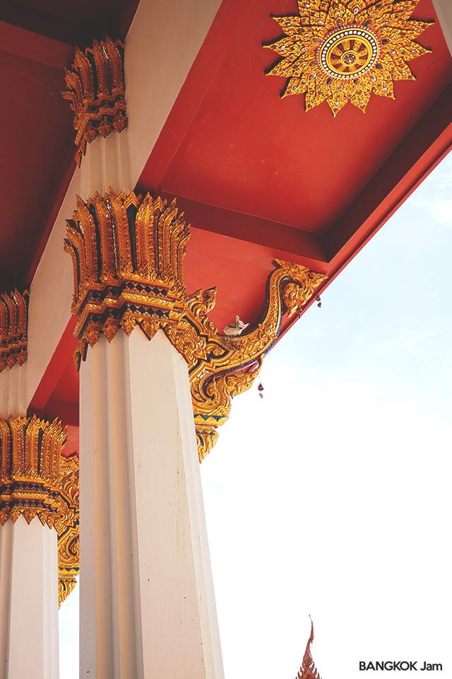 ワット・タムモンコン Wat Dhammamongkol プンナウィティ バンコク お寺 翡翠 仏塔
