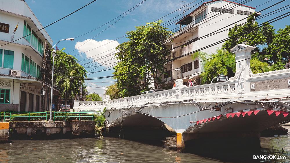 ワット・サケット 黄金の丘 Wat Saket 2018年 バンコク センセープ運河 ボート