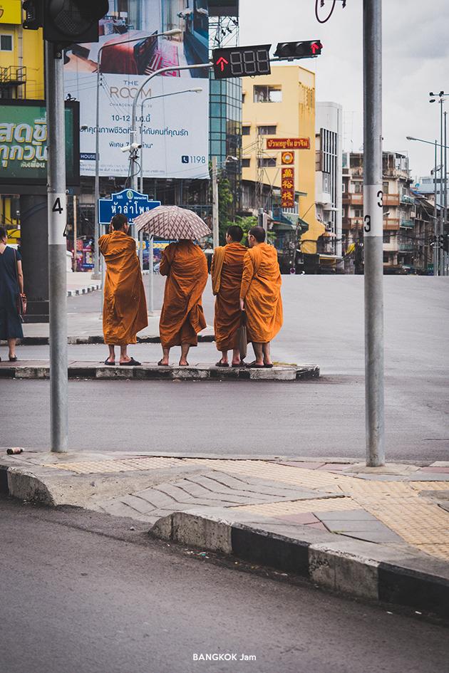 バンコク パワースポット 中華街門 風水 お参り サンパンタウォン 2019年