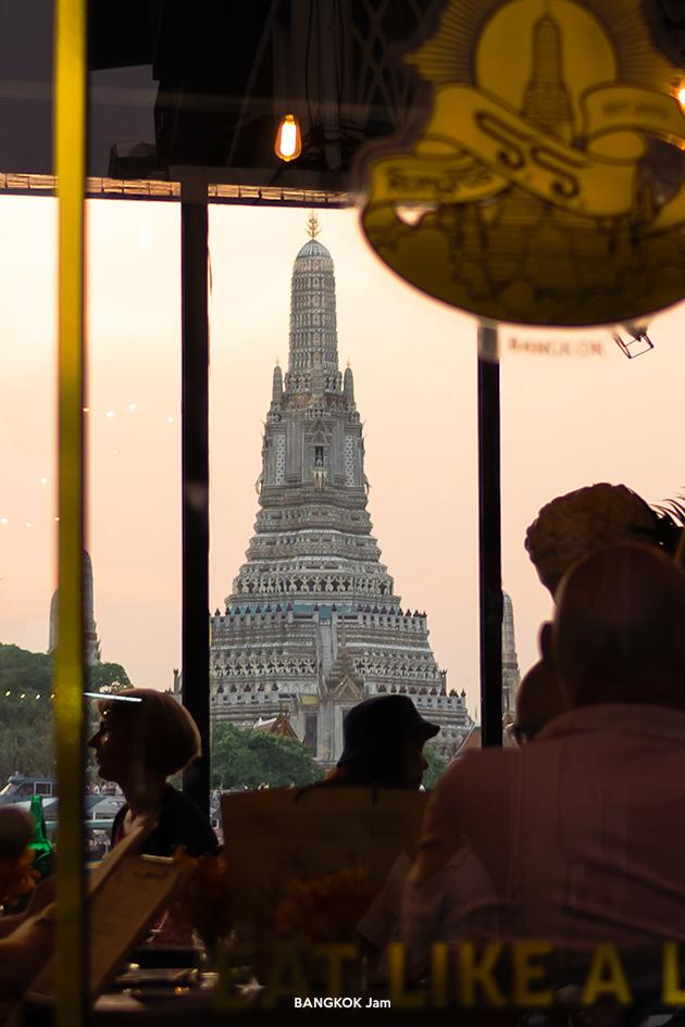ワット・アルン 夕日 ライトアップ Wat Arun Sunset 2019年
