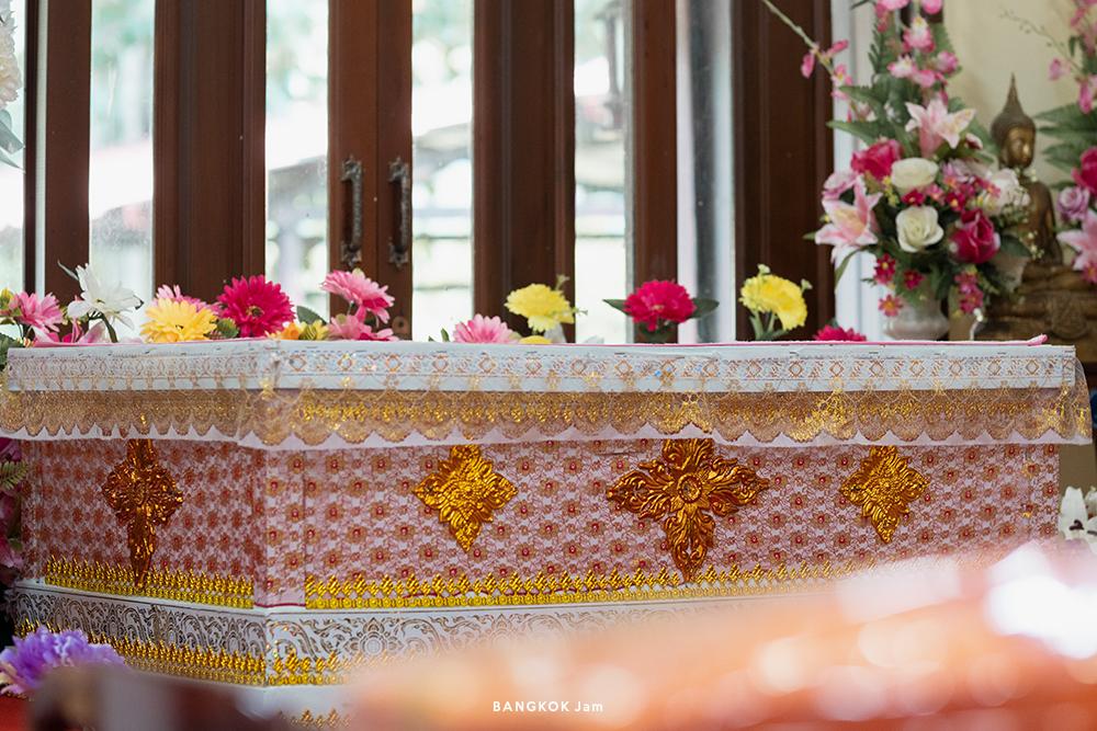 タイ ペット 火葬 お寺 ワット・グラトゥム・スアプラー 犬 猫