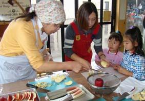 りんご料理の準備