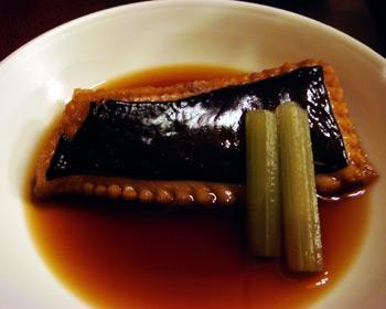 弘前のおいしい鮨屋さん「一休」 カスベの煮付け