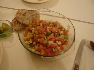 トマト・アボカド・ポテトのサラダ