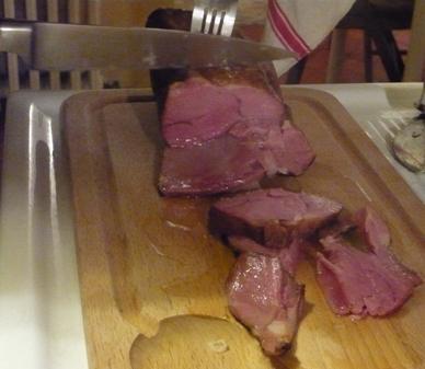フランス風の塩漬け豚肉(写真)