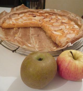 さつまいもとリンゴのパイ完成写真
