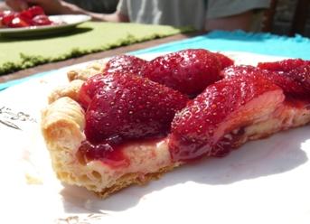 ピクニック用イチゴのタルト写真