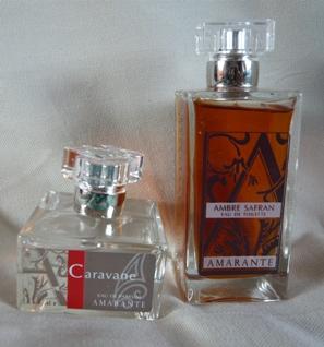 アマラント香水ビンの写真(アンブル・サフラン、キャラバン)