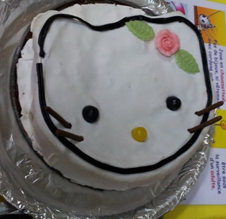 「ハローキティ」シュガーケーキ