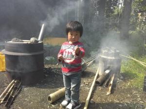 タケノコ茹でます