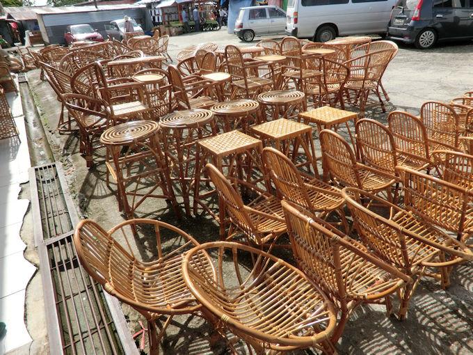 美しい藤製の椅子など.jpg