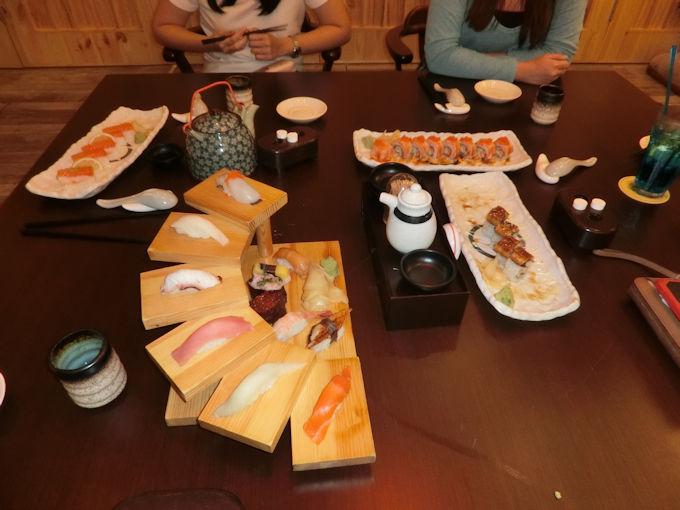 居酒屋のお寿司.jpg