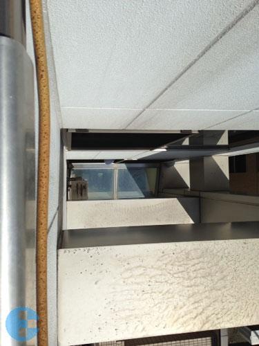 屋上から見た既設エコキュート室外機