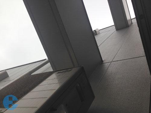 作業現場からの屋上方向
