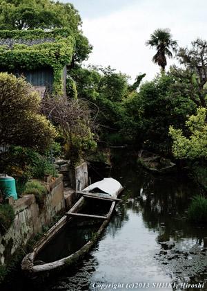 琵琶湖湖畔にて