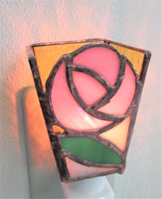 ステンドグラス バラ 薔薇の花 足下ランプ
