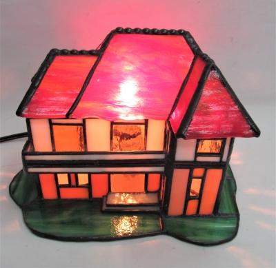 ステンドグラスランプ ハウス 家