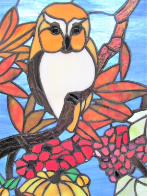ステンドグラス ブドウ フクロウ 秋 紅葉