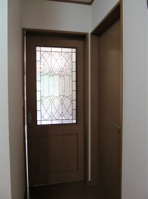 リビング ドア ステンドグラス