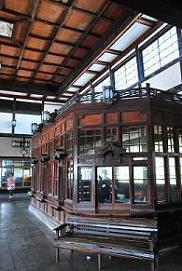 旧大社駅内