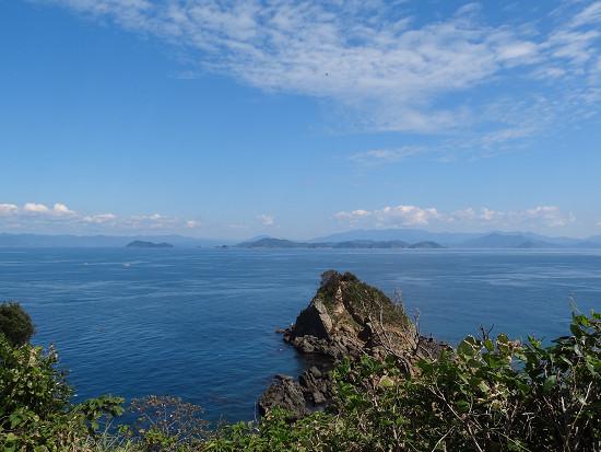 沖の島 風景