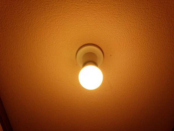 LED電球 トイレ