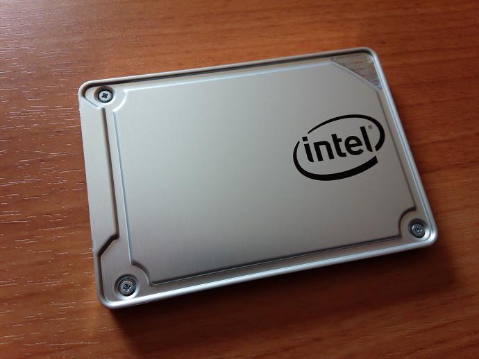 intel 545s 256gb SSDSC2KW256G8X1