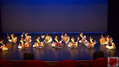 カナダの高校 「アジアの夜」 コンサート 太鼓