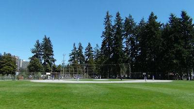 カナダの中学生 スポーツ 野球 01