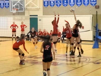 カナダの高校 女子バレーボール 03