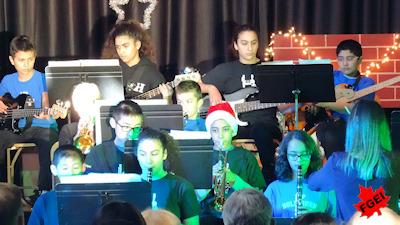 カナダの小学校 クリスマスコンサート 01