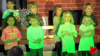 カナダの小学校 クリスマスコンサート 03