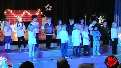 カナダの小学校 クリスマスコンサート 04