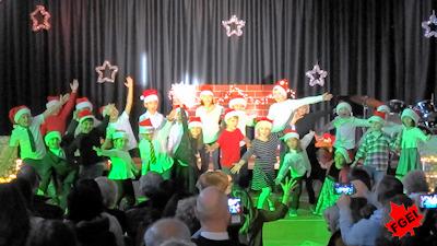 カナダの小学校 クリスマスコンサート 05