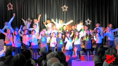 カナダの小学校 クリスマスコンサート 07