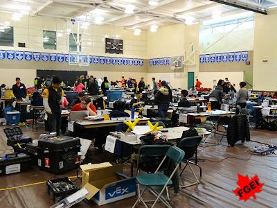 カナダの高校生 ロボット競技大会 002